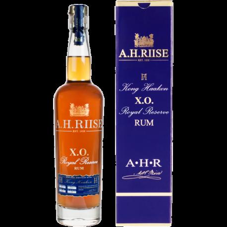AH Riise XO Kong Haakon boisson spiritueuse à base de rhum étui 42° 70 cl Iles Vierges USA